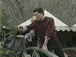 Sharon Davies, Matt Robinson in Neighbours Episode 1082