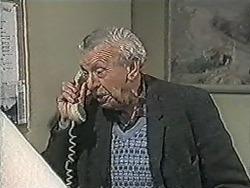 Stan Cooper in Neighbours Episode 1083