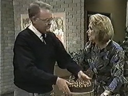 Harold Bishop, Madge Bishop in Neighbours Episode 1086