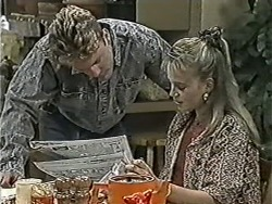 Henry Ramsay, Bronwyn Davies in Neighbours Episode 1086