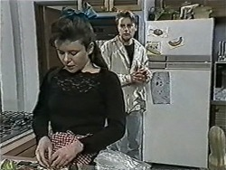 Lucy Robinson, Nick Page in Neighbours Episode 1086