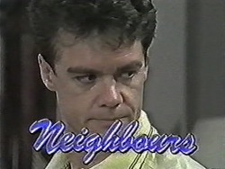 Paul Robinson in Neighbours Episode 1086