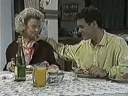 Helen Daniels, Paul Robinson in Neighbours Episode 1087