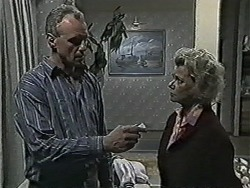 Jim Robinson, Helen Daniels in Neighbours Episode 1087
