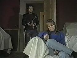 Matt Robinson, Lee Maloney in Neighbours Episode 1089