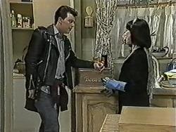 Matt Robinson, Kerry Bishop in Neighbours Episode 1090