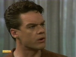 Paul Robinson in Neighbours Episode 1093