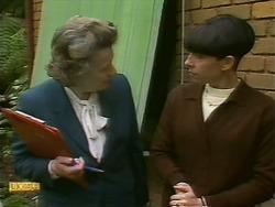 Mrs. Edwards, Hilary Robinson in Neighbours Episode 1093