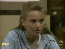 Bronwyn Davies in Neighbours Episode 1096