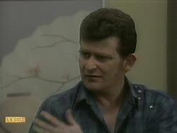 Des Clarke in Neighbours Episode 1097