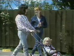 Kerry Bishop, Melanie Pearson, Sky Mangel in Neighbours Episode 1097