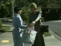 Hilary Robinson, Beverly Robinson in Neighbours Episode 1100