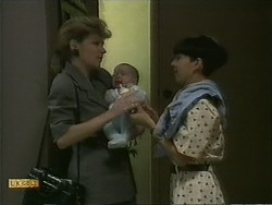 Beverly Marshall, Baby Rhys, Hilary Robinson in Neighbours Episode 1100