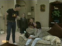 Joe Mangel, Lochy McLachlan, Toby Mangel, Kerry Bishop, Bouncer in Neighbours Episode 1101