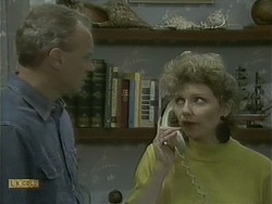 Jim Robinson, Beverly Marshall in Neighbours Episode 1102