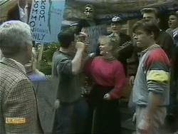 Kenneth Muir, Matt Robinson, Sharon Davies, Mike Young, Nick Page in Neighbours Episode 1105