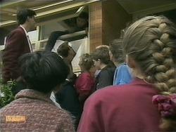 Hilary Robinson, Matt Robinson, Lee Maloney in Neighbours Episode 1105