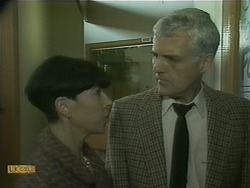 Hilary Robinson, Kenneth Muir in Neighbours Episode 1105