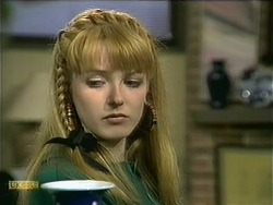 Melanie Pearson in Neighbours Episode 1107