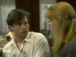 Mike Young, Melanie Pearson in Neighbours Episode 1107