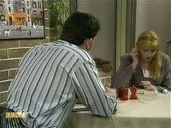 Des Clarke, Melanie Pearson in Neighbours Episode 1107