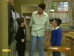 Lochy McLachlan, Joe Mangel, Toby Mangel in Neighbours Episode 1108