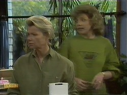Helen Daniels, Beverly Robinson in Neighbours Episode 1110