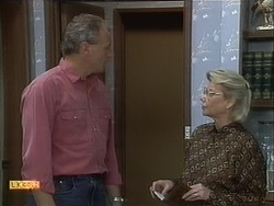 Jim Robinson, Helen Daniels in Neighbours Episode 1111
