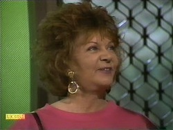 Gloria Lewis in Neighbours Episode 1111