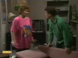 Gloria Lewis, Paul Robinson in Neighbours Episode 1112