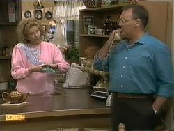 Madge Bishop, Harold Bishop in Neighbours Episode 1112