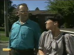 Harold Bishop, Hilary Robinson in Neighbours Episode 1112