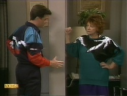 Paul Robinson, Gloria Lewis in Neighbours Episode 1112