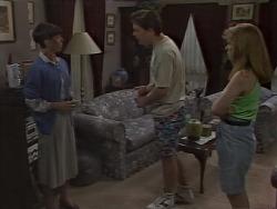 Hilary Robinson, Matt Robinson, Lee Maloney in Neighbours Episode 1113