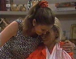 Julie Robinson, Helen Daniels in Neighbours Episode 2081