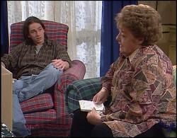 Darren Stark, Marlene Kratz in Neighbours Episode 2733