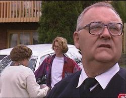 Marlene Kratz, Brett Stark, Harold Bishop in Neighbours Episode 2733