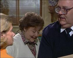 Helen Daniels, Marlene Kratz, Harold Bishop in Neighbours Episode 2733
