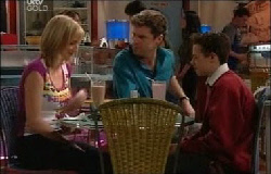 Maggie Hancock, Evan Hancock, Leo Hancock in Neighbours Episode 3930