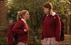 Michelle Scully, Elly Conway in Neighbours Episode 3933