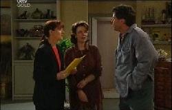 Susan Kennedy, Lyn Scully, Joe Scully in Neighbours Episode 3933