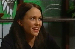 Libby Kennedy  in Neighbours Episode 4102