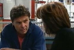 Joe Scully, Lyn Scully in Neighbours Episode 4104