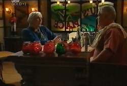 Rosie Hoyland, Lou Carpenter in Neighbours Episode 4105