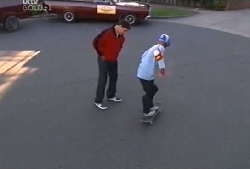 Joe Scully, Boyd Hoyland in Neighbours Episode 4105
