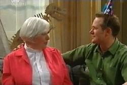 Rosie Hoyland, Max Hoyland in Neighbours Episode 4105