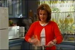 Lyn Scully in Neighbours Episode 4401