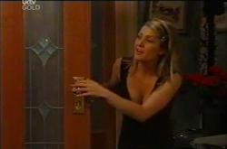 Izzy Hoyland in Neighbours Episode 4402