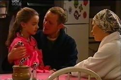 Summer Hoyland, Max Hoyland, Steph Scully in Neighbours Episode 4402