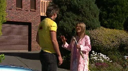 Ned Parker, Izzy Hoyland in Neighbours Episode 4918